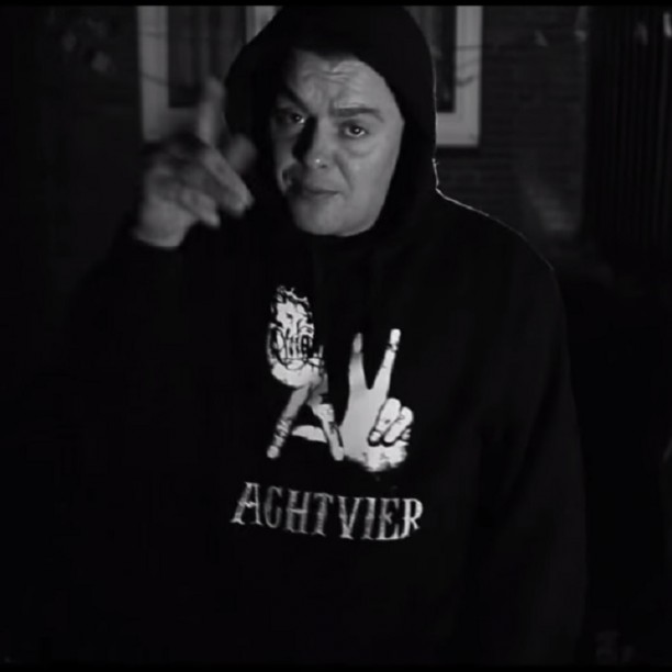 AchtVier Molotov