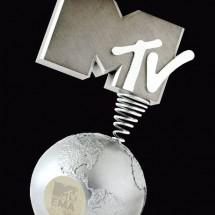 MTV_EMA_2012_Award_460