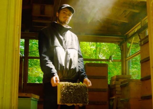 Bambus - Die Welt ist nicht genug (prod. vanta) [Video] - rap.de